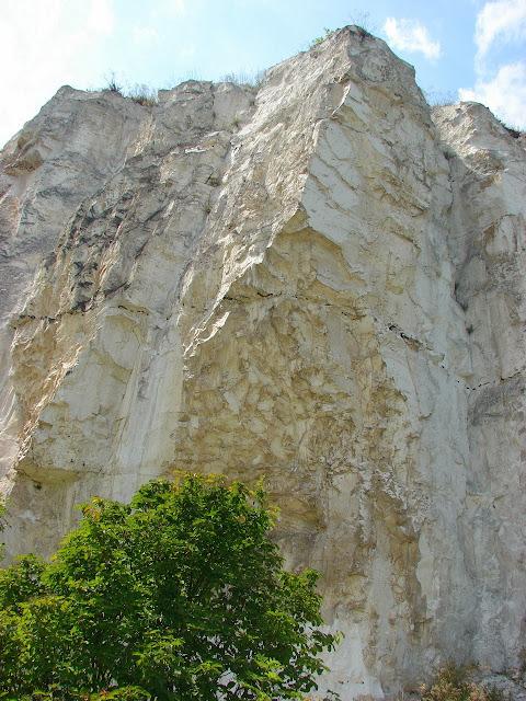 Меловая скала, Балаклейский район