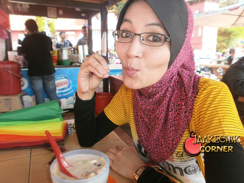 cendol jam besar Melaka, cendol sedap di Melaka, makan cendol Melaka, melaka, tempat makan best di Melaka, tempat menarik di Malaysia, tempat menarik di melaka,