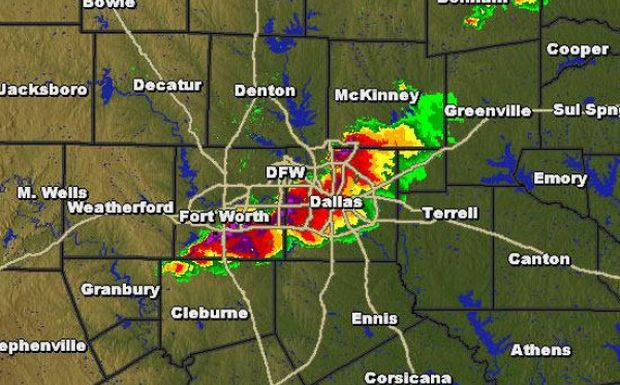 Dallas Weather >> Dallas Weather Update Storms Bring Large Hail To Dallas Fort