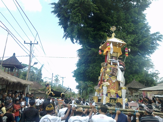 Ngaben procession in Bangli and Pelebon in Ubud Gianyar on July 28, 2012