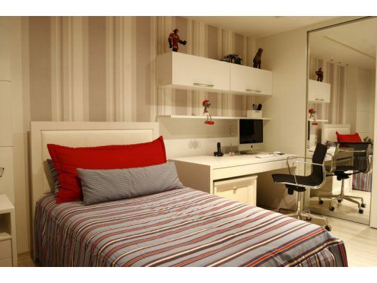 decoracao de interiores quarto solteiro:Mais um modelo de papel de parede para os meninos que deixou o quarto
