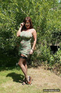 hot chicks - sexygirl-Dodger_Nylons_Outside_DD0S0325-780678.jpg