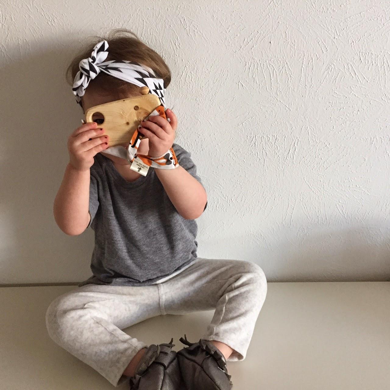 toddler knotted headband | www.bubblesandgold.com