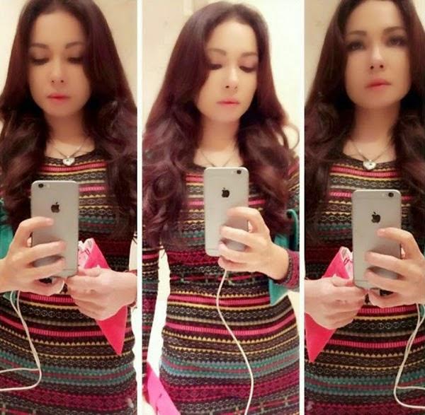 7 Gambar Kakak Emma Maembong Yang Cantik Jelita