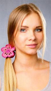 Резинка для волос с вязаным крючком цветком: Описание и схема вязания