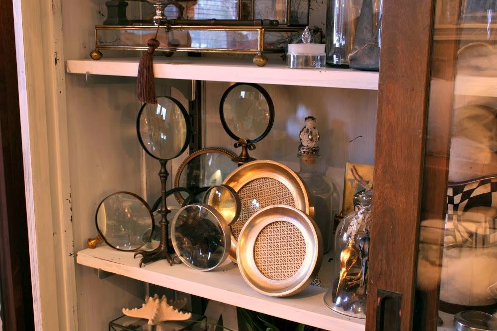 magnifier, vintage, antique, bird skull, hutch, bird talon, clawfoot, pawfoot