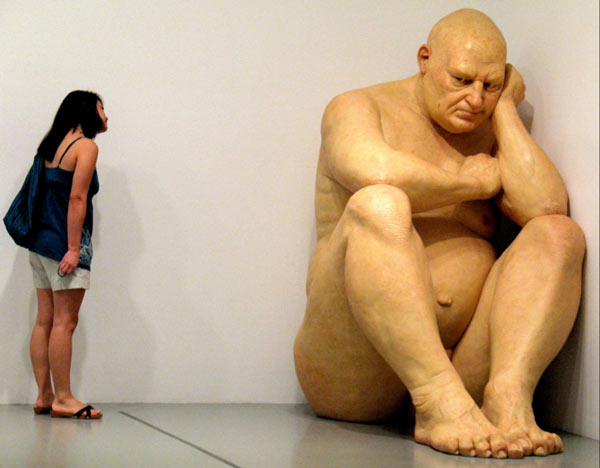 hyperrealistic sculpture by Ron Mueck