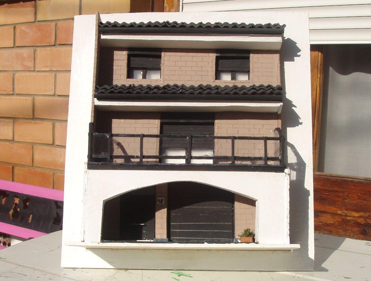 Maquetas de casas mayo 2011 for Casa moderna maqueta