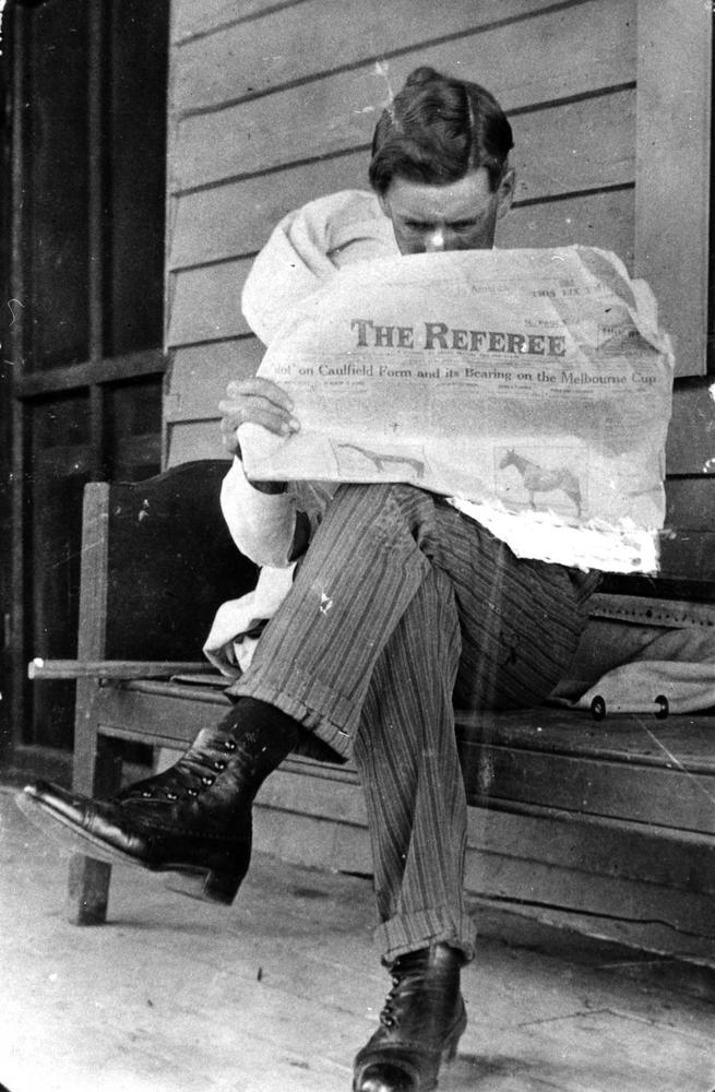 reading newspapers essay The newspaper is all important these days it is almost the first thing that greets you in the morning it makes you feel one with the rest of mankind.