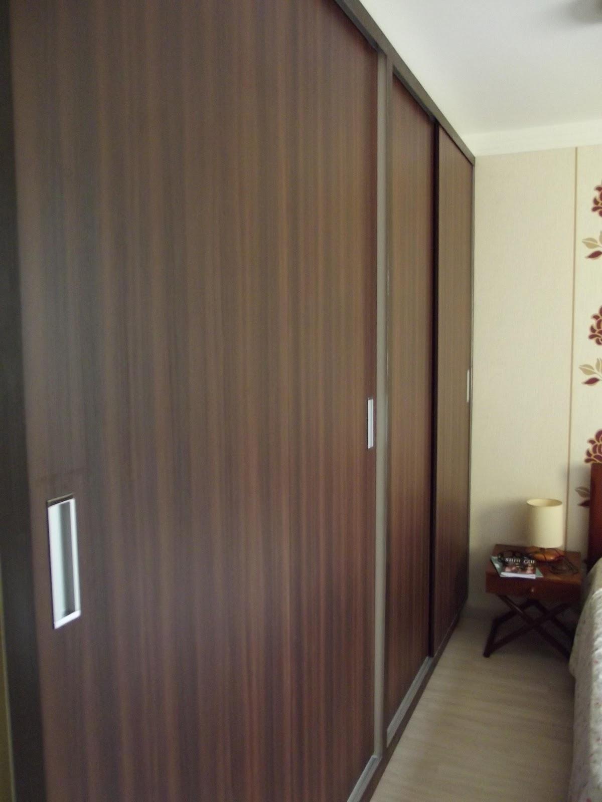 EM MADEIRA MACIÇA E MOVEIS SOB MEDIDA: Cozinha Banheiro e Quarto #7E774D 1200x1600 Armario Banheiro De Embutir