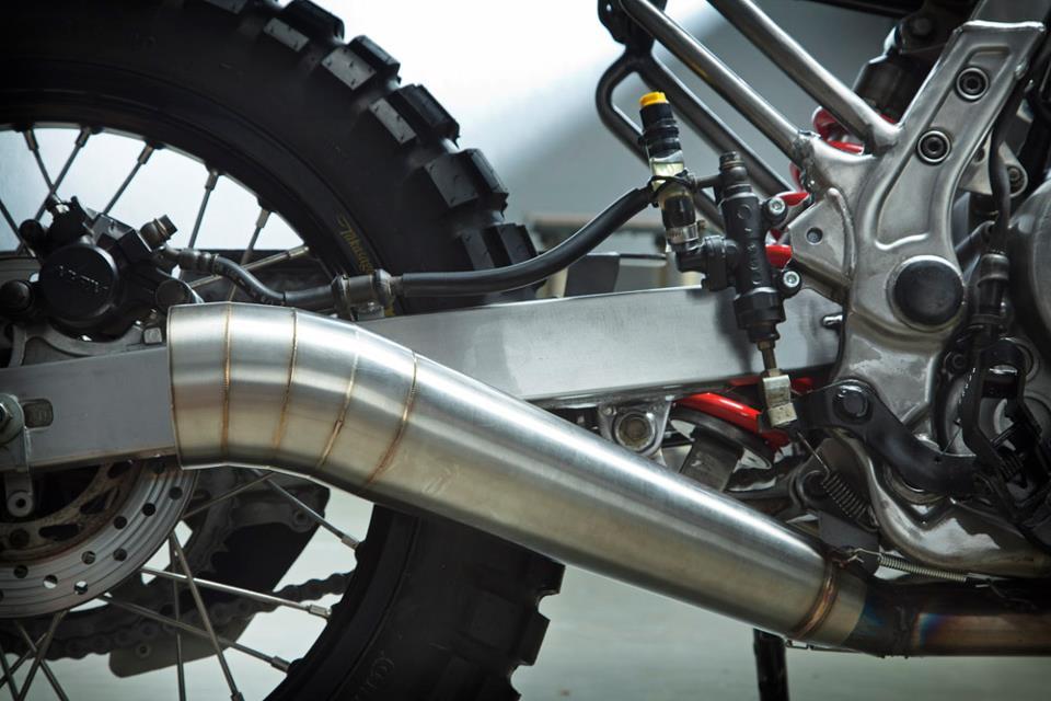 Otra Honda Dominator muy especial.... Honda-NX650-custom-scrambler-kiddo-motors-11