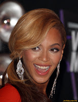 Beyonce Knowles - 2011 MTV Video Music Awards