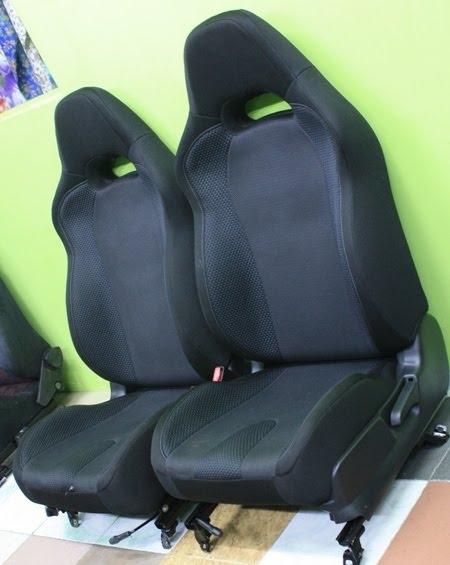 Dingz garage seat subaru version 8 black colour for Garage seat argenteuil 95
