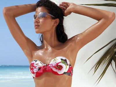 Hot Model Raica Oliveira Gallery
