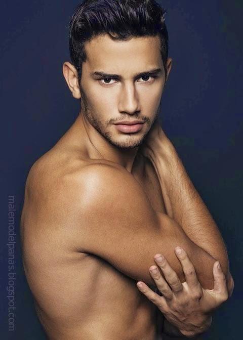 Men's Biore Double Scrub Model George Alves Irineu