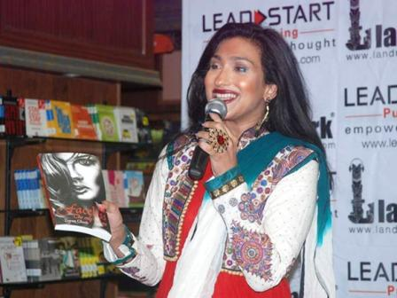 Rituparna Sengupta - Rituparna Sengupta &#39;Faceless&#39; book launch