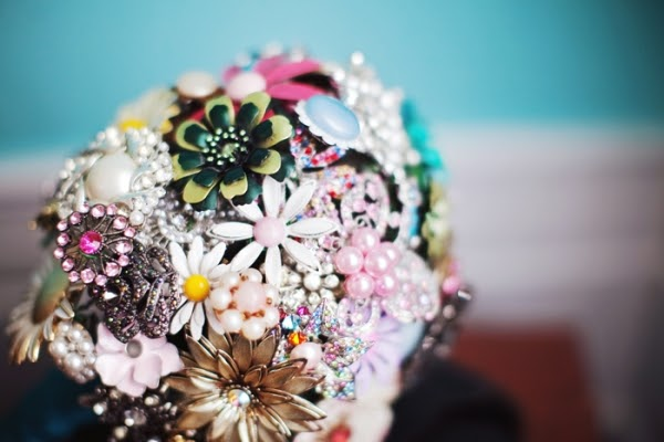 Wedding Brooch Bouquet Nz : Get smitten by lisa pocklington magpie vintage brooch