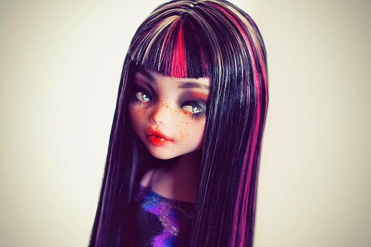 multicolor de cabello de draculaura