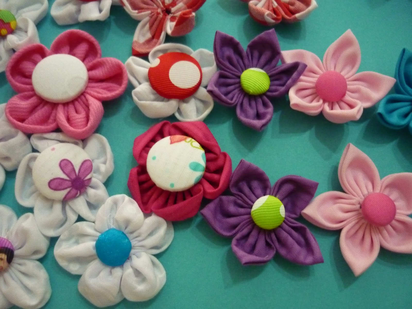 Materiales para manualidades flores en tela para decorar - Manualidades de telas ...