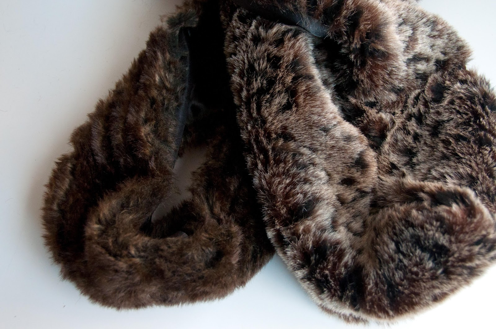 aesthetic nest sewing faux fur infinity scarf for