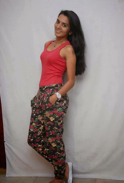 Tollywood Actress Sindhu Lokanath