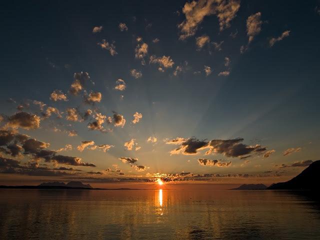 لحظة غروب(WRG)  - صفحة 2 Sunset-picture+By+WwW.7ayal.blogspot.CoM+%283%29