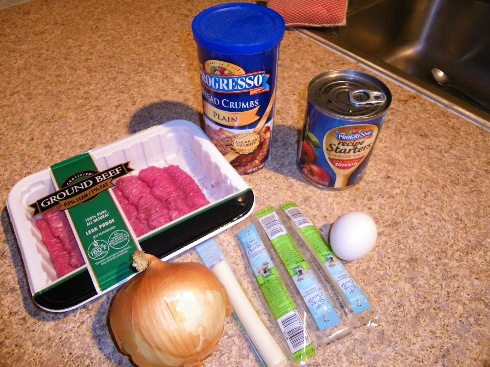 cooking the recipe: Easy Cheese -stuffed mini meat loaves