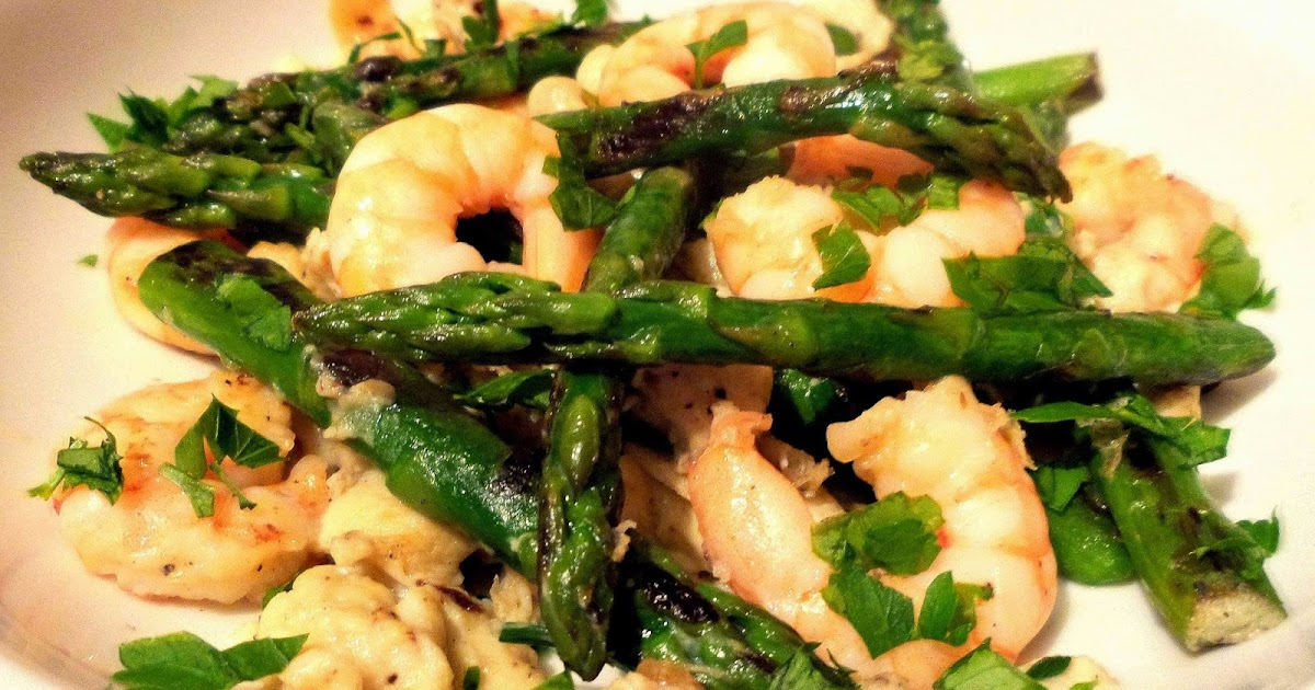 Foodie: Spanish Scrambled Eggs with Asparagus and Prawns (or Mushrooms ...
