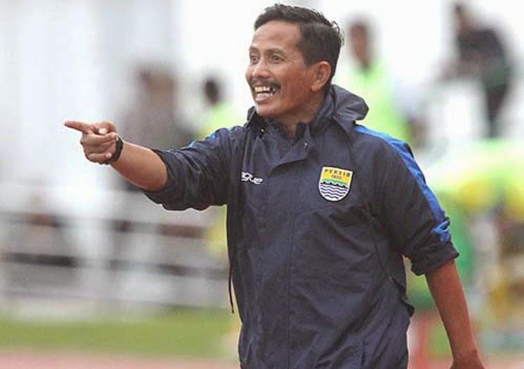 Persebaya Kalah Lagi, Sang Pelatih Dituntut Cadangkan Osvaldo Haay
