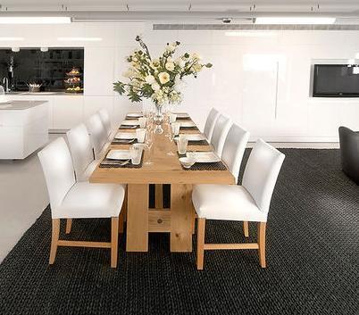 Fotos de comedores mesas de comedor de madera for Fotos de comedores de madera