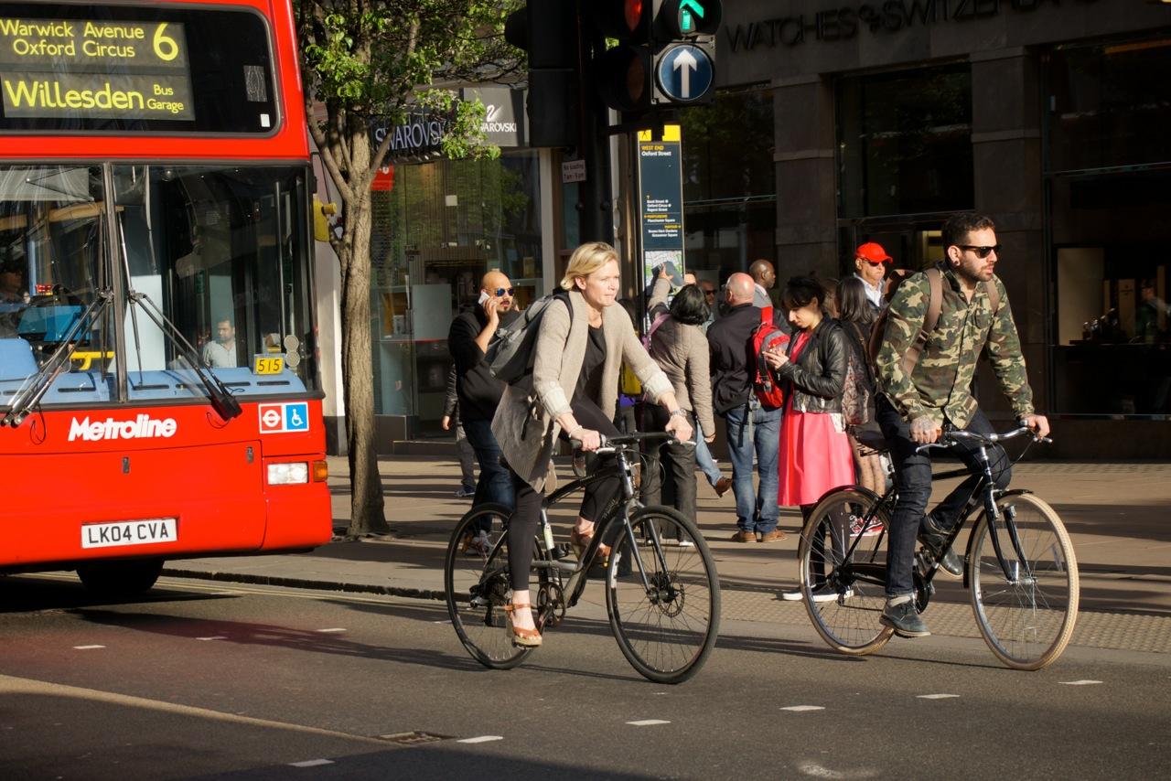 Bicycle Perth: Oxford Street heros