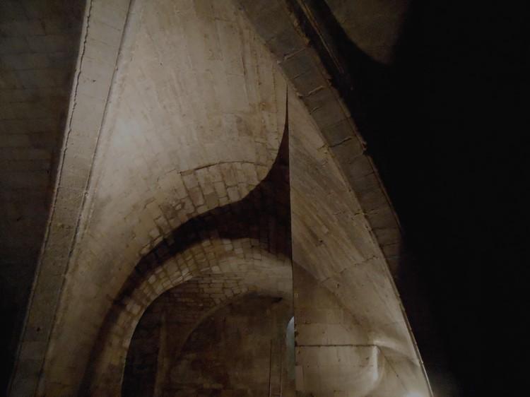 La crypte - Abbaye de Saint Gilles