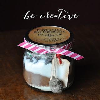 hot chocolate in a jar recipe on Creative Bag's blog