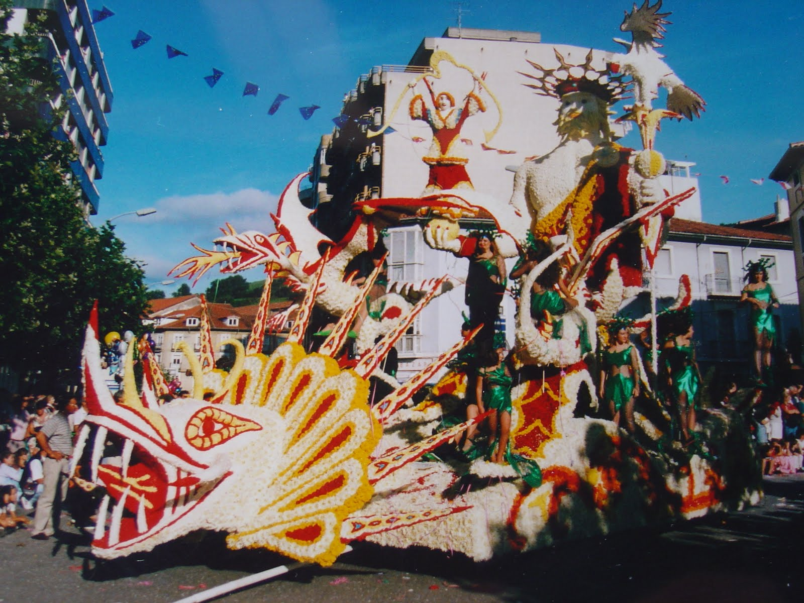 Carrozas oru a a o 1996 titulo carroza jard n prohibido for Jardin prohibido