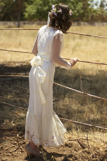 lace sleeves vintage wedding gown