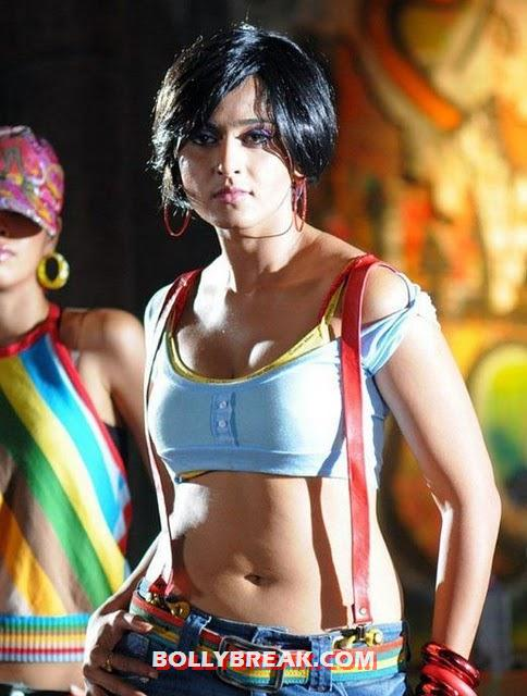 Indian Actresses Photos In Jeans & Top - Navel Show