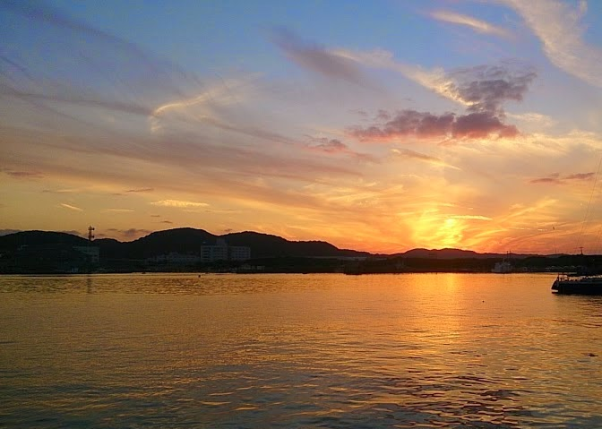 館山の美しい夕焼け