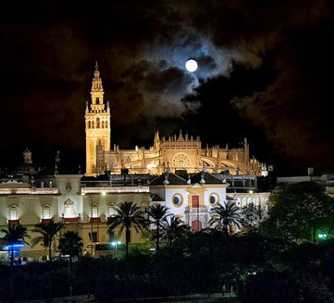Quien no vió Sevilla, no vió maravilla.