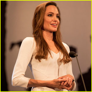 Angelina Jolie Honored UNHCR Ceremony !