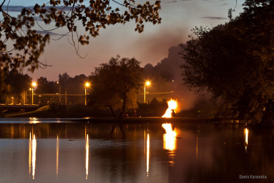Купалье в Лошицком парке. Минск, Беларусь. 2011.07.07
