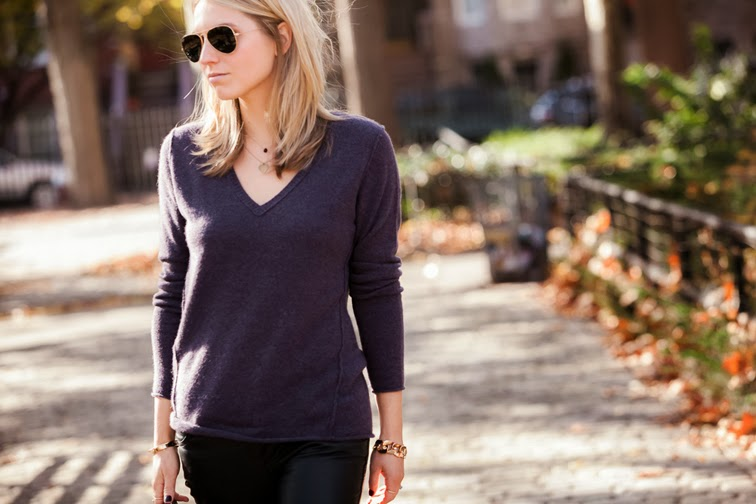 Subtle Luxury California Cashmere deep v-neck in eggplant gold jewelry Ray-Ban aviators