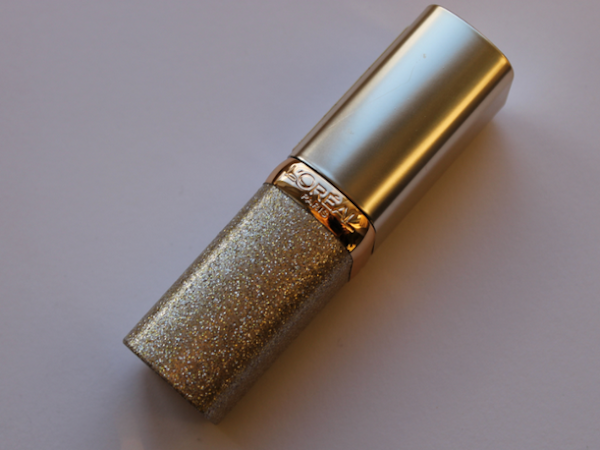 L'Oréal Paris color riche million carats lipstick 333 Pink star.