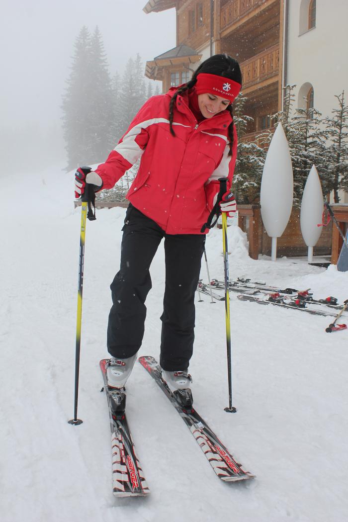 diana dazzling, fashion blogger, fashion blog,  cmgvb, como me gusta vivir bien, dazzling,luxury,courchevel, 1850, alpes, ski, le strato, luxury hotel, ski room