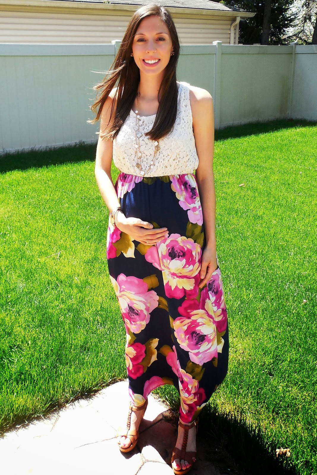 The Nutritionist Reviews: Pink Blush Maternity Review and Giveaway