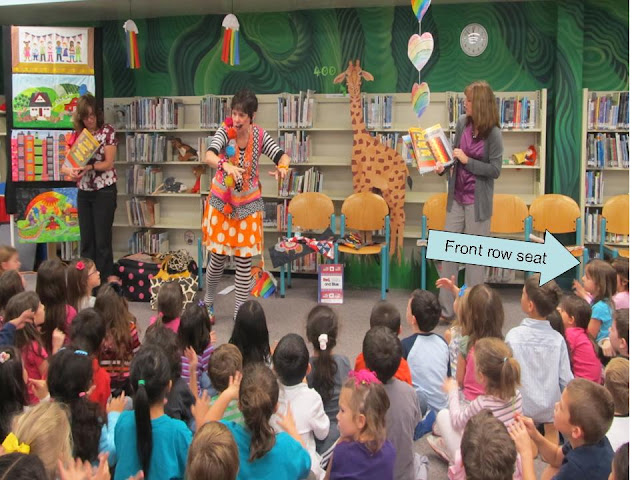 photo of: Author Illustrator School Visit, Debbie Clement with Kindergarten