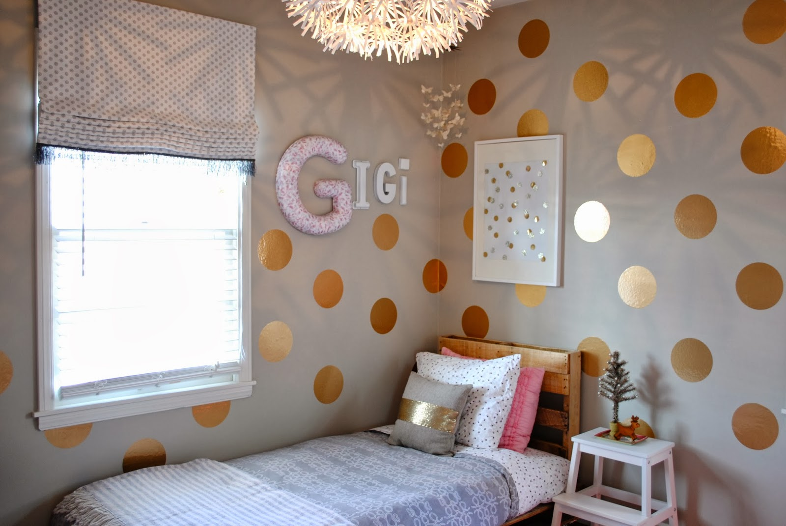 Breakfast at gigi 39 s gigi 39 s polka dot room for Dots design apartment 8