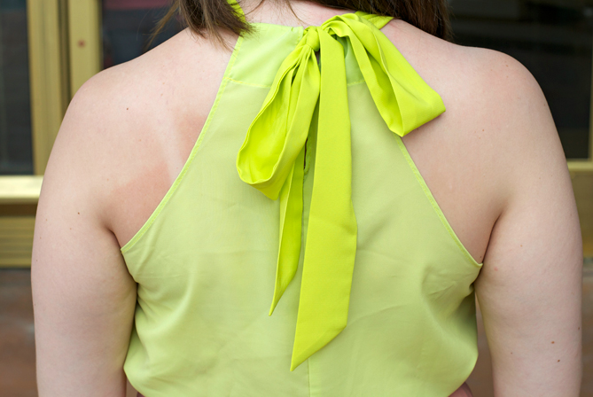 back bow neckholder top