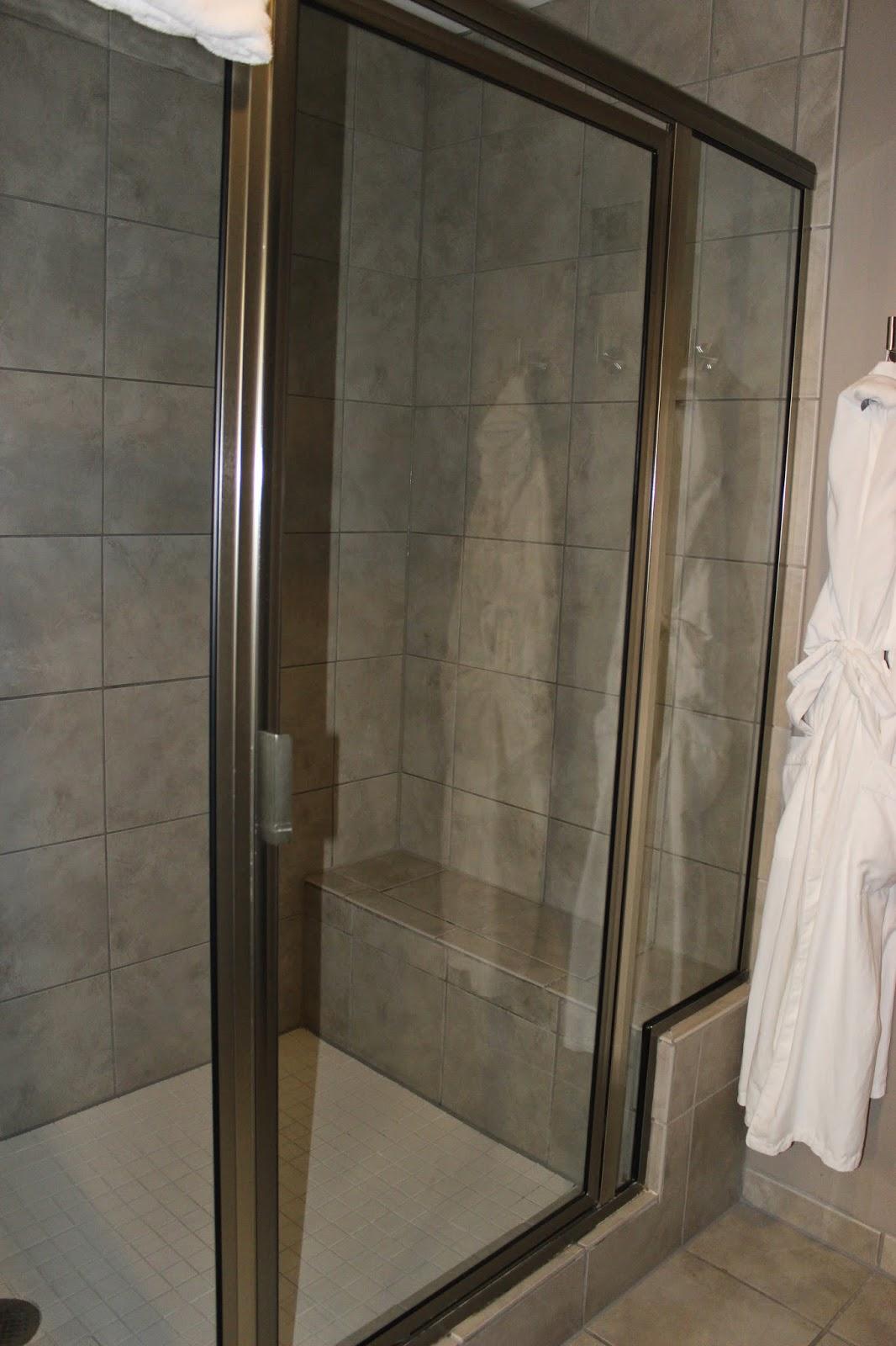 The Giacomo Hotel Bathroom Shower