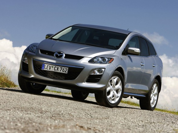 2011 Mazda CX 7 Review, You Can See What The Automotive Specialists Thought  About The Standard L4 Engine Or The 18 Fuel Economy.