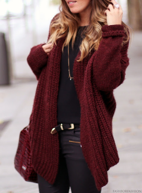 Knit cardigan, black shirt and black jeans